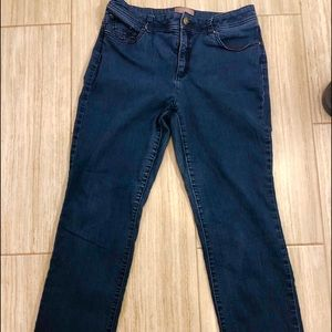 Chico's ladies fabulous slimming jeans. Size .05.